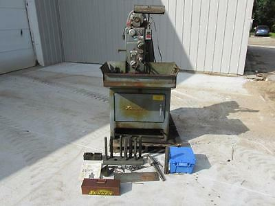 Good Sunnen MBB-1650 Precision Honing Machine w/Some Tooling