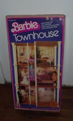 Vintage NEW UnOpened Mattel Barbie Doll Townhouse Toy 1983 7825 NOS