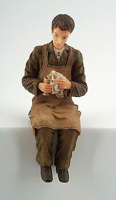 1/12Th Scale Dolls House Butler Cleaning A  Goblet Figure