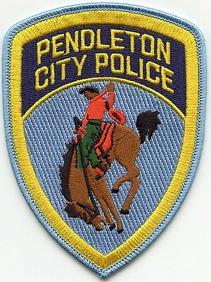 PENDLETON OREGON OR Rodeo Cowboy Riding Horse CITY POLICE PATCH