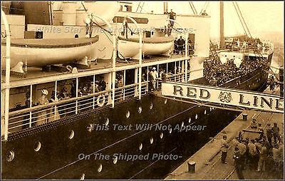 Photo: Red Star Line Ship (Probably SS Belgenland) Departs NY Red Star Line Pier