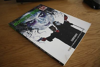 2000Ad Graphic Novel Sinister Dexter Eurocrash
