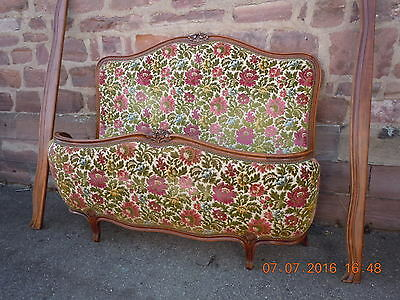 Antique French Early demi Corbeille - Capitonne Upholstered Double Bed