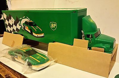 BP British Petroleum 1995 Racing Transport Truck Collector's Edition   +2