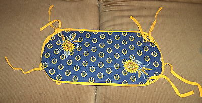 Handcrafted Cotton Navy &Yellow w/ Sunflower Print Hot Pad / Trivet w/ Ties NWOT