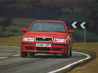 Skoda Octavia vRS Mk1 Press Photographs x 6 - 2001