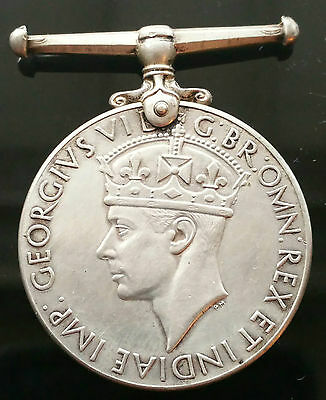 1939-1945 Great Britain Wwii War Medal- Great Condition - B1D25