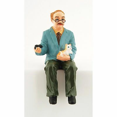 """1/12Th  Dolls House """"grandfather""""  Figure With Cat"""