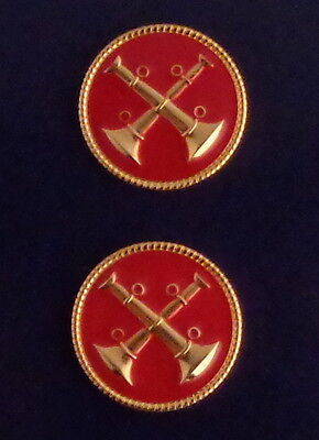 """Fire CAPT Captain 2 Bugles Crossed GOLD & RED Discs Collar/Lapel Pins 1"""" USA"""