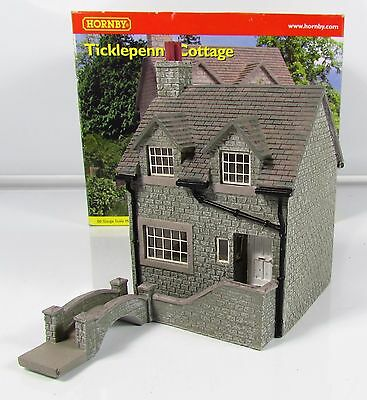 OO Gauge Hornby Skaledale R8550 Ticklepenny Cottage