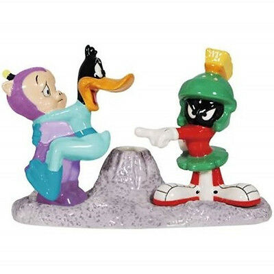 Looney Tunes Duck Dodgers and Marvin the Martian Salt Pepper and Toothpick Set