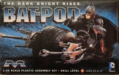 Batman Dark Knight Bad-Pod in 1:25 Model Kit Bausatz Moebius 920 Batpod