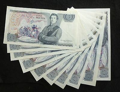 Page Wellington Blue Five Pound £5 Banknote ( Issued 1973-1980 ) EF+