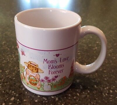 Avon Gift Collection With Love Mug Mom Mom's Love Blooms Forever NIB