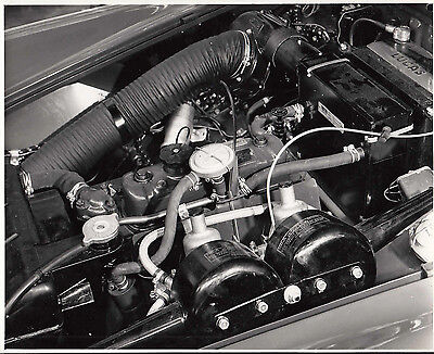 Mg, Engine Side View Period Photograph.