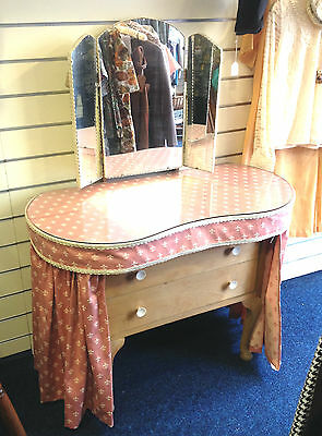 VINTAGE KIDNEY SHAPED DRESSING TABLE 1950s  PINK & CREAM CURTAINS