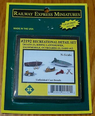 Railway Express Miniatures #2192 (N Scale) Recreational Detail Set -- 2 Boats w/