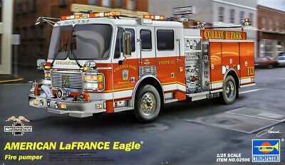 American LaFrance Eagle Fire Pumper Feuerwehr 1:25 Model Kit Trumpeter 02506