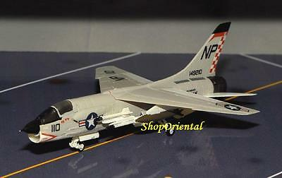 JWings 3 Fighter Aircraft 1:144 Model F-8E Navy Crusader VF-211 Checkmates JW3_1