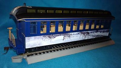 Hawthorne Village Silver Moon Express, The Wanderers Coach Car w/Wolves