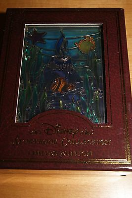New In Box Disney Finding Nemo Stain Glass Jumbo Pin Le 750 Storybook Collection