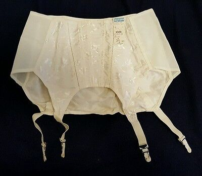 Vintage NOS Bestform 3128 Garter Belt Size 29 with Tag