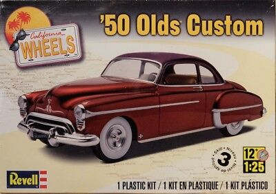 1950 Olds Custom Bausatz 1:25 Model Kit Revell 4022 Oldsmobile