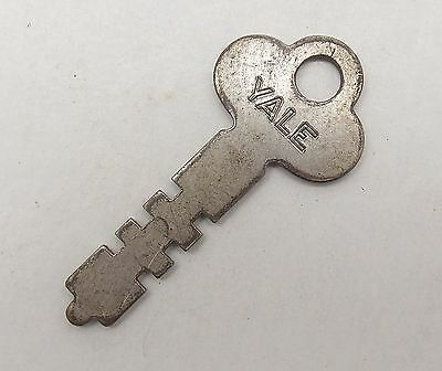 Vintage KEY For Lock, Padlock, Trunk, Yale & Towne Mfg. Co. Key Number 6