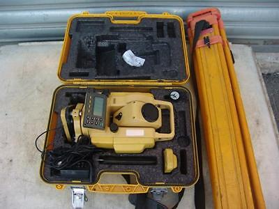 South Reflectorless Total Station NTS-332RX WORKS WELL