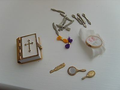 Mixed Lot of Dolls House Accessories