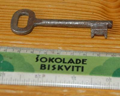 #09 ANTIQUE CAST IRON SKELETON KEY ca.1900 DOOR or FURNITURE