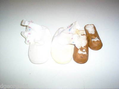 2 Pair Vintage Baby Shoes Doll Shoes Booties Moccasins