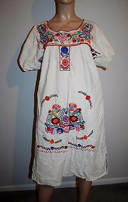 Vtg Oaxacan Mexican Embroidered Dress L XL