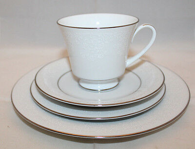 Noritake Fine China Tahoe 4 Piece Cup Saucer Bread and Butter Salad Plates Set