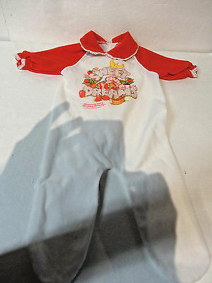 Vintage 1980 Strawberry Shortcake small baby sleeper outfit