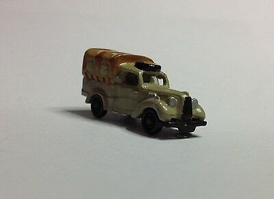 N gauge HAND-PAINTED  1939 Austin 10HP 4X2 Light Utility  -  Brand NEW!