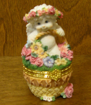 "DREAMSICLES #10354 FLOWER BASKET,  4"" Trinket Box, From Retail Shop, Mint/Box"
