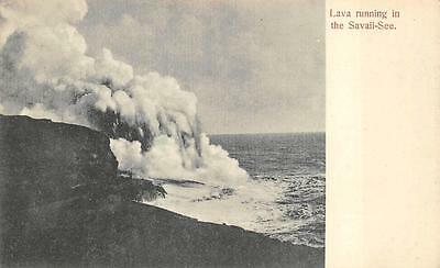 SAMOA LAVA RUNNING IN THE SAVAII-SEE VOLCANO POSTCARD (c. 1910)