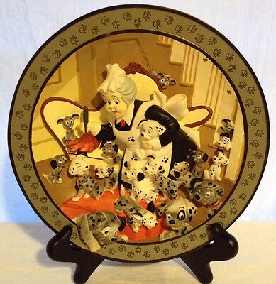 """Disney 101 Dalmations 3D Plate  """"Look, puppies everywhere!"""" Limited Edition 9"""""""