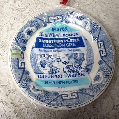 Vintage, Blue Willow by Fonda, 1 Pack-16pc per Pack, 9inch Plastic Coated Plates