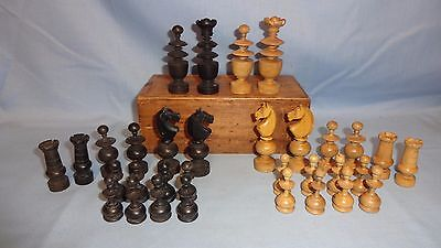 Vintage Carved Boxed Ebony & Boxwood Chess Set - 7cm King