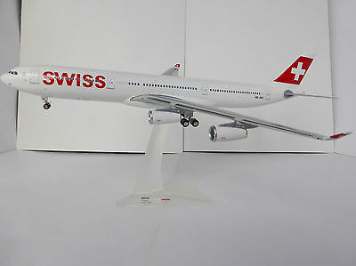 SWISS Airbus A340-300 1/200 HERPA 556712 A340 A 340 Swissair Airlines ZUG