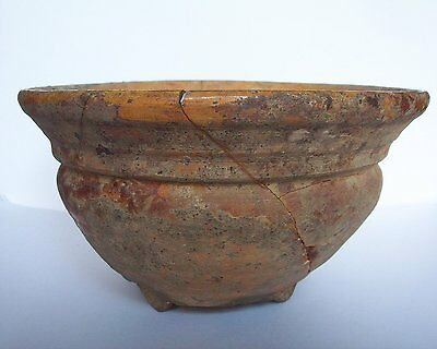 Medieval Bowl c. 13th century. Found in pieces    Vindplaats Luik