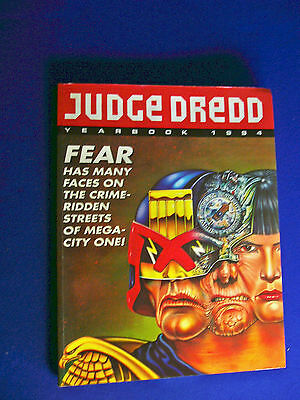 Judge Dredd Year Book 1994 Fleetway IPC.