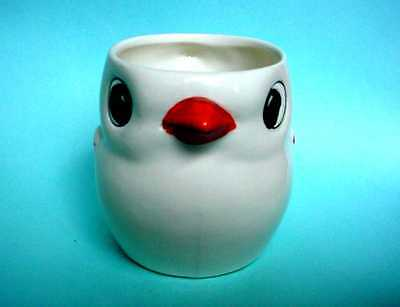 Vintage Goebel Child's Cup Baby Chick - adorable - looks like Pixar's Piper