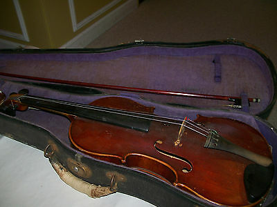 Violin 4/4 w/bow/case made in Japan needs restoration