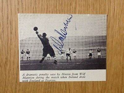 Superb Wilf Mannion signed picture Middlesborough & England autograph