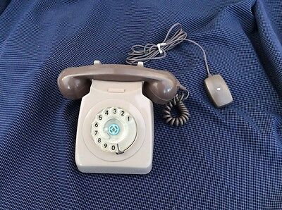 Genuine Vintage Tradional  Bell Ring GPO rotary dial telephone