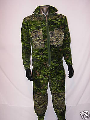 """Canadian Army Style Digital Cadpat Fleece Set  '""""new item""""  Size - Large"""