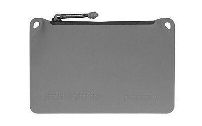 "Magpul MAG856 Small 6"" x 9"" Polymer Fabric DAKA Pouch - Stealth Gray"
